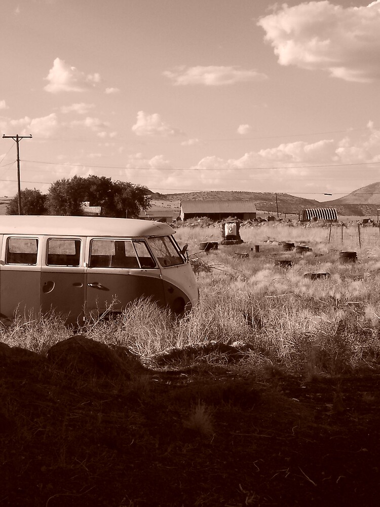 Microbus by CynthiaRenee