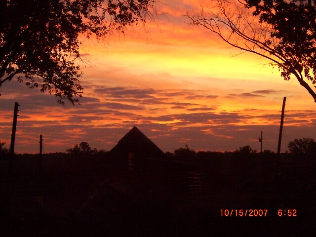 sunrise in KY by savannah07