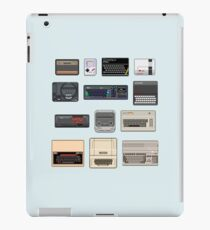 Pixel Retro Gaming Machines iPad Case/Skin