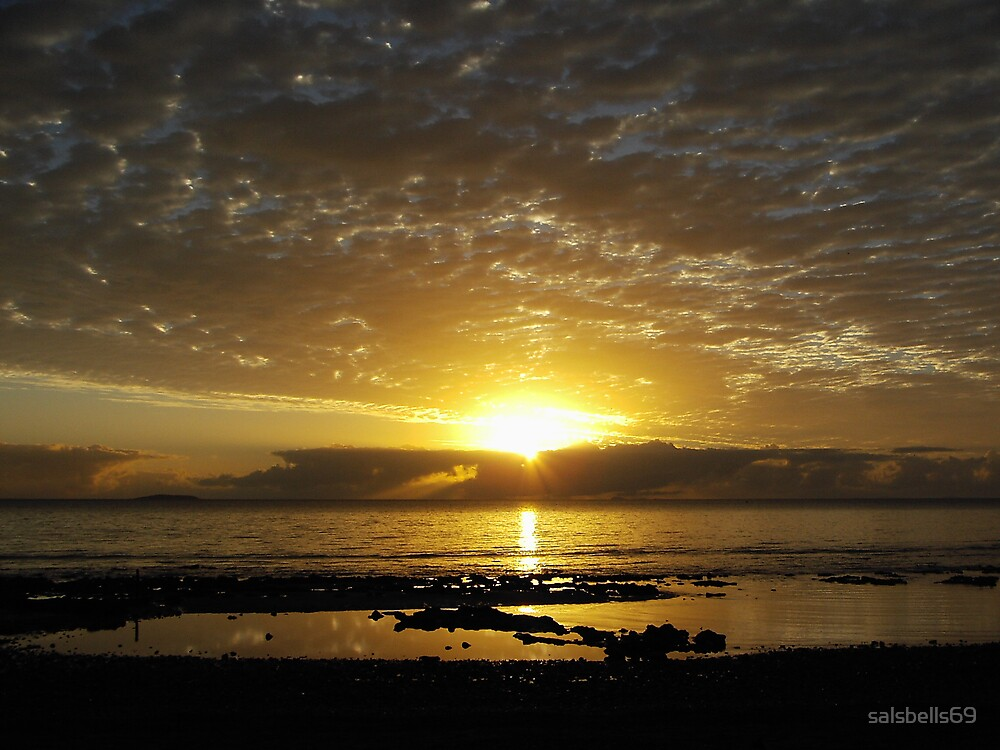 Sunrise by salsbells69