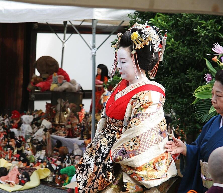 Geisha - Doll Burning Festival 3 by Trishy