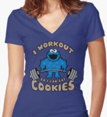 I Workout So I Can Eat Cookies (Cookie Monster) Women's Fitted V-Neck T-Shirt