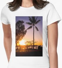 Sunrise stroll - Palm Cove Womens Fitted T-Shirt