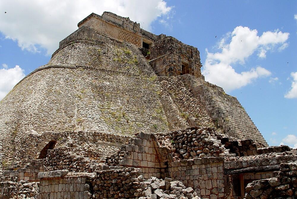 Prehispanic pyramid by catalina acosta