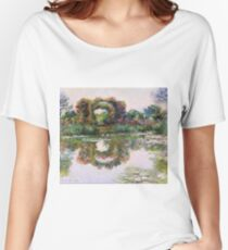 Claude Monet - Rose Flowered Arches At Giverny, 1913 Women's Relaxed Fit T-Shirt