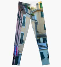 Colorful buildings facade from Vernazza, Italy Leggings