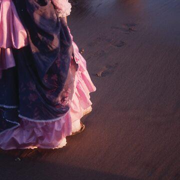 Sunset dancer by Talvikki