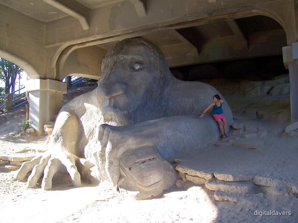 Giant Troll by digitaldavers
