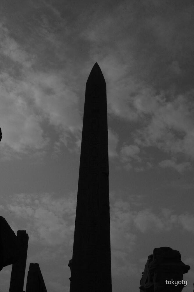 Obelisk by tokyoty