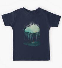 Tief im Wald Kinder T-Shirt