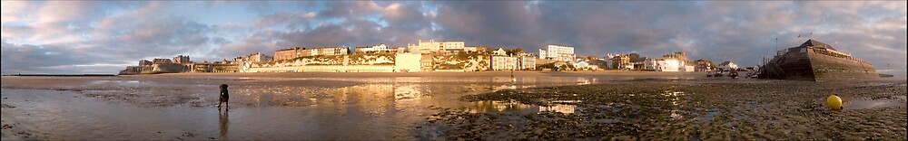 Broadstairs with Wilf by Paul Tremble