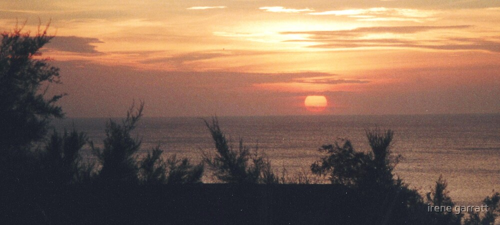 Sunset in Cornwall by irene garratt