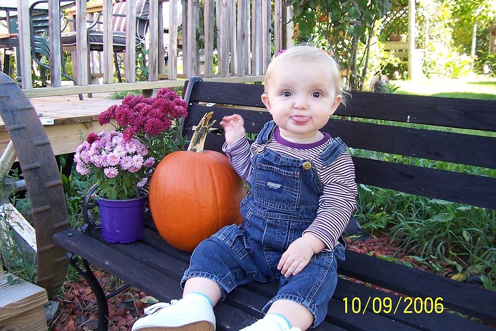 Jordan's Pumpkin by laurenash