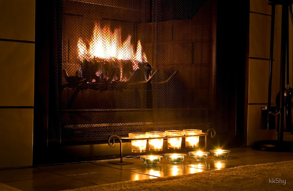 Warm fireplace by kk5hy