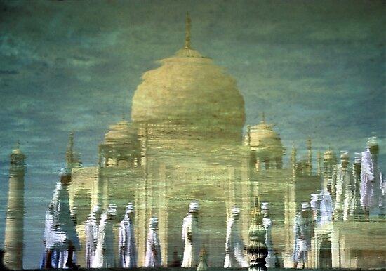 Taj Mahal, India by Keith Molloy