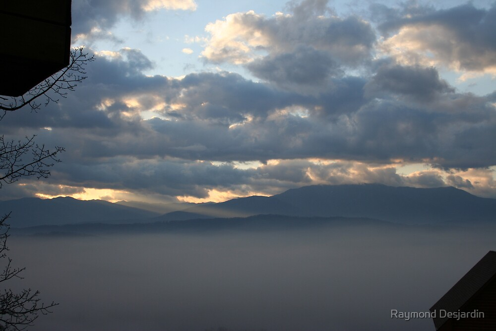 Smoky Mountains 8 by Raymond Desjardin
