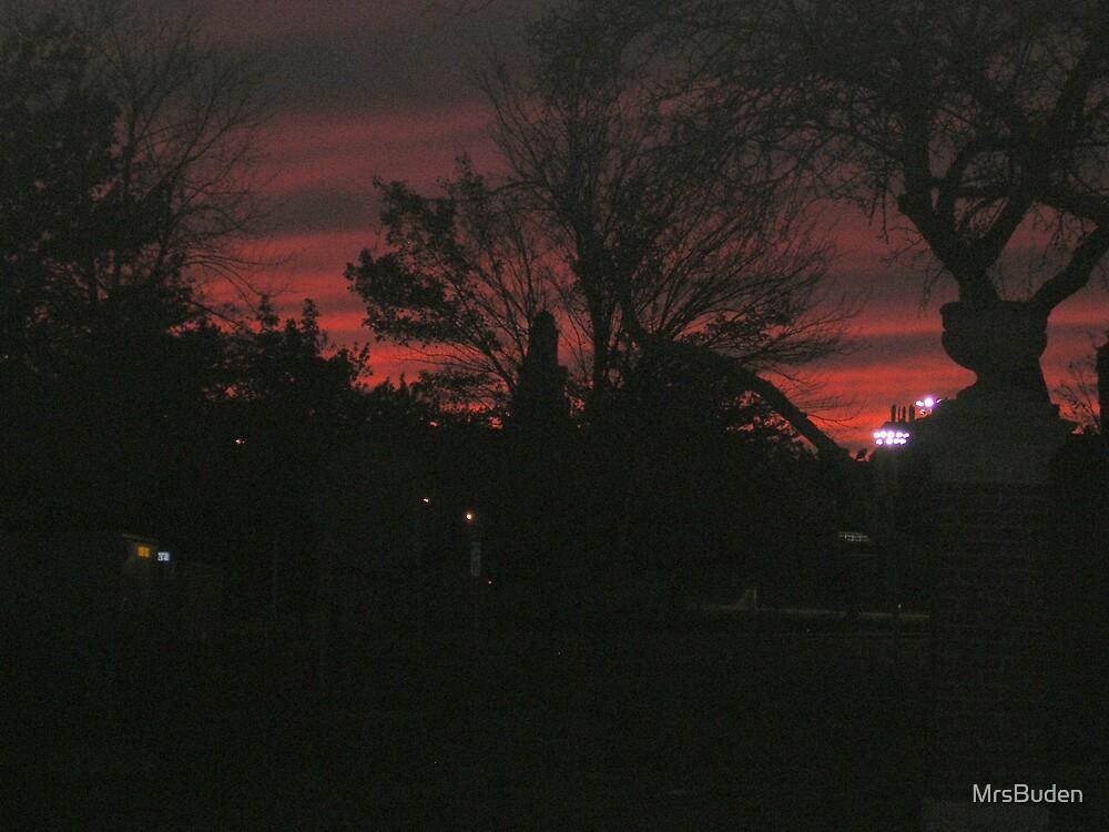 Sunset Skyline by MrsBuden