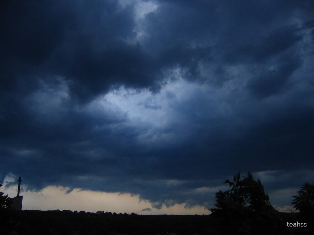 Stormy, Stormy night by teahss