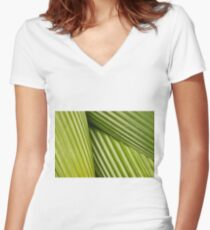 Trio Women's Fitted V-Neck T-Shirt