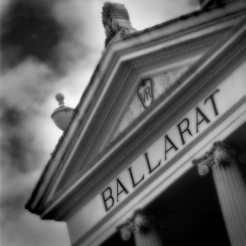 Ballarat Railway Station by Craig Mitchell