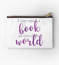 I just need a book to travel the world Bolso de mano