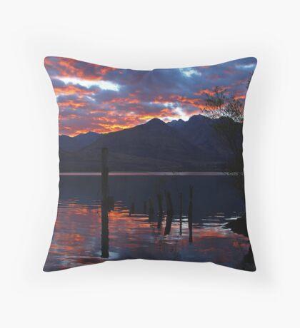 Lake Wakitipu Sunrise Throw Pillow