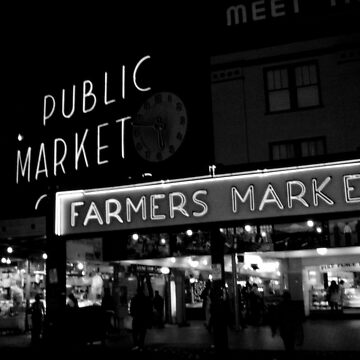 Pike place by meimages