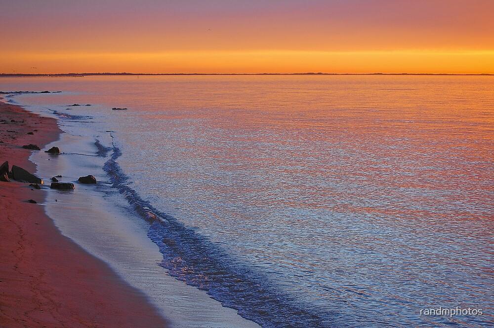 Discreet Sunset by randmphotos