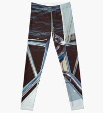 Sailing proud in the sun Leggings