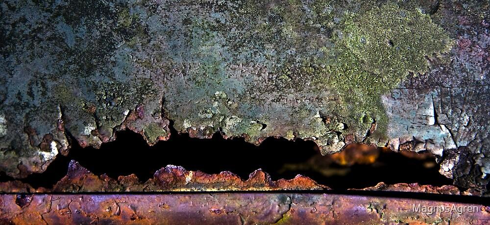 Rust eats through by MagnusAgren