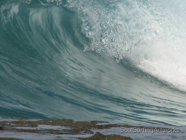Wave at Soldiers Beach by SoulSurfingArtworks