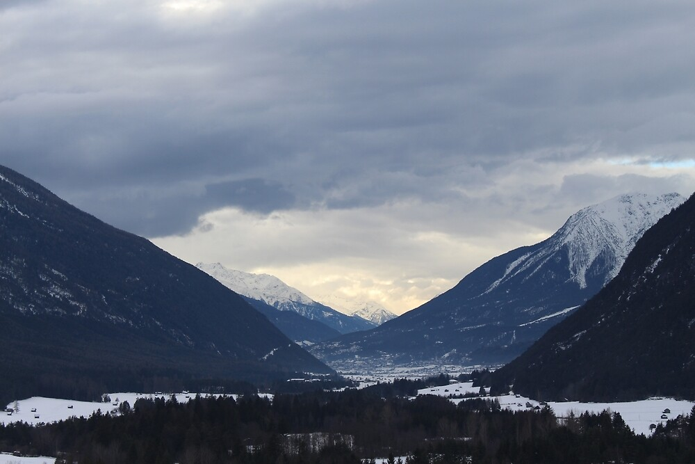 mountains in austria by xbsxy