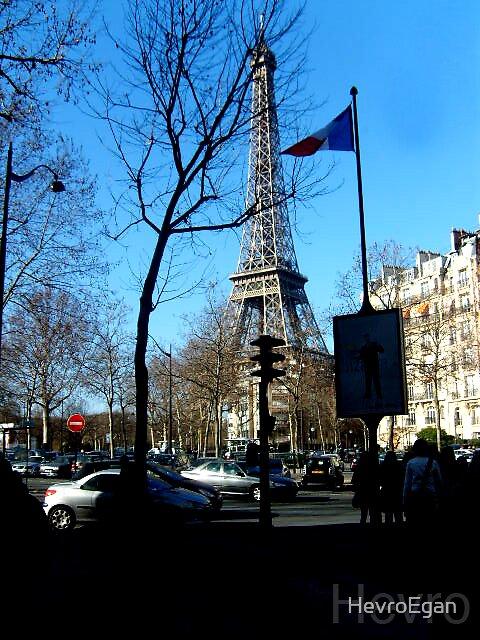 eiffel tower by HevroEgan