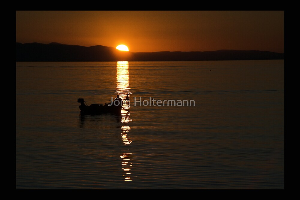 Fishing for Gold  by Jörg Holtermann