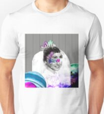Crystal woman Unisex T-Shirt