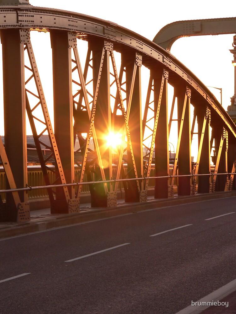 Morning sunburst (2) by brummieboy
