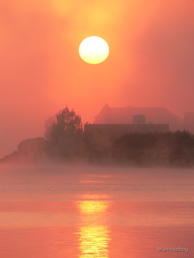Another Misty Morning on the Medway by brummieboy