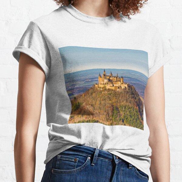 Schloss Burg Hohenzollern, Süddeutschland Classic T-Shirt