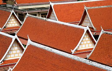 Roofs of Bangkok by kaid