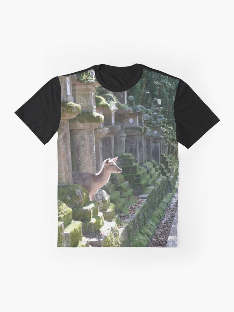 T-shirt graphique ''Biche Temple Nara': autre vue