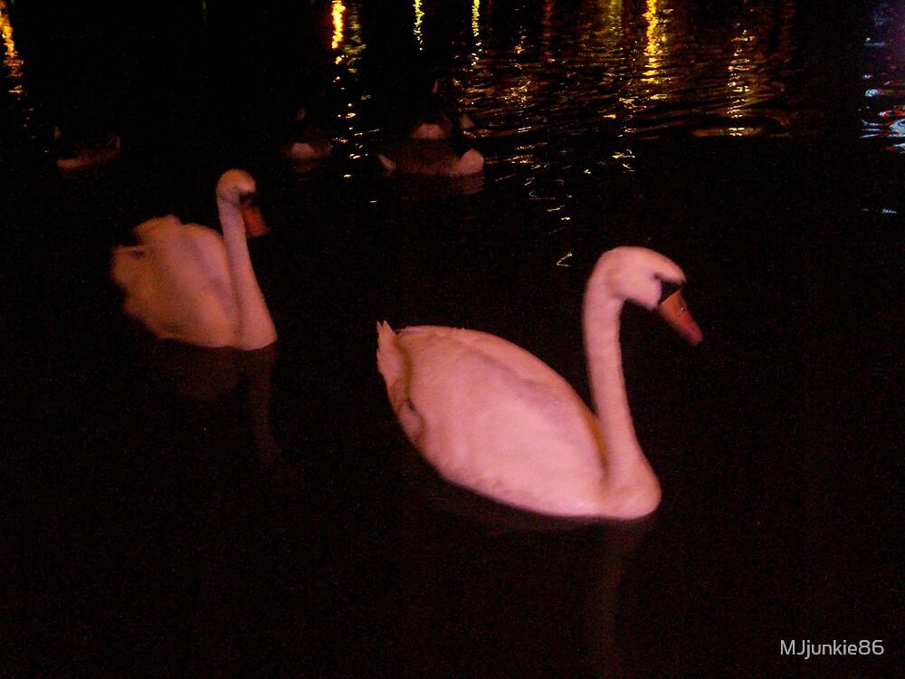 pink swan by MJjunkie86