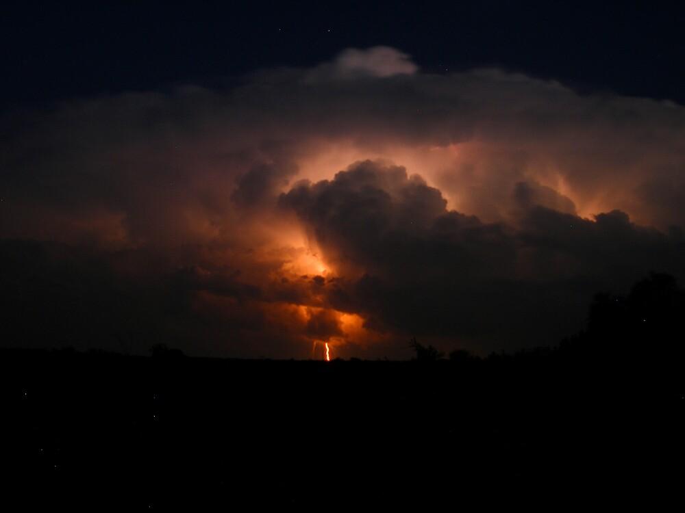 Oklahoma thunderstorm by mbuban