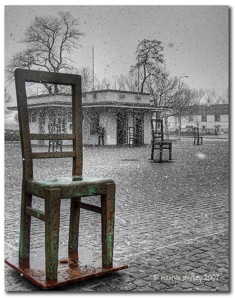 Chair statues by Martyn Starkey