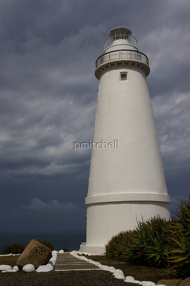 Cape Willoughby Lighthouse by pmitchell