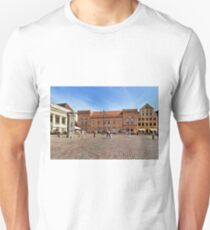 Schwerin Market Square - Mecklenburg-Vorpommern, Germany T-Shirt