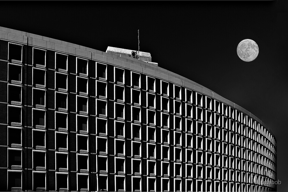 Plaza with moon by pzhbob