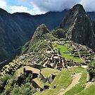 Machu Picchu by Alessandro Pinto