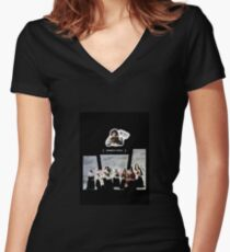 ClassicART Women's Fitted V-Neck T-Shirt