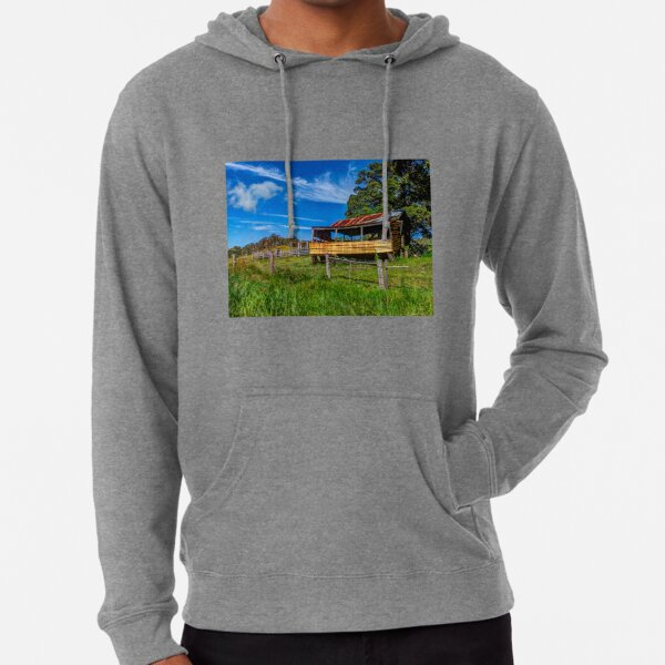 The old farm house Lightweight Hoodie