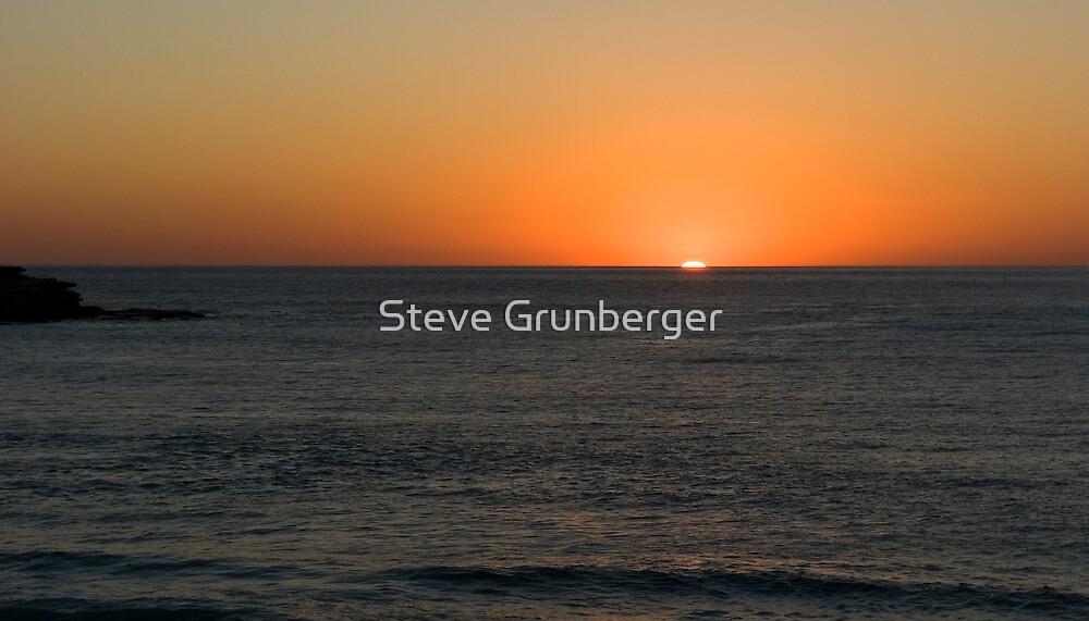 Bondi Sunrise  by Steve Grunberger